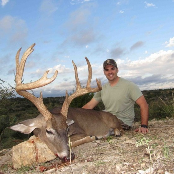 """Texas Whitetail Hunts - up to 160"""""""